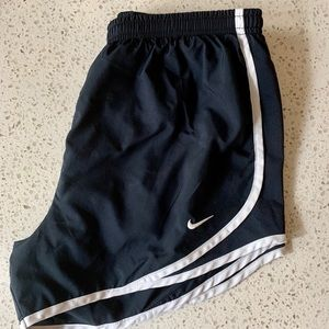 Nike Athletic Shorts Dark Blue